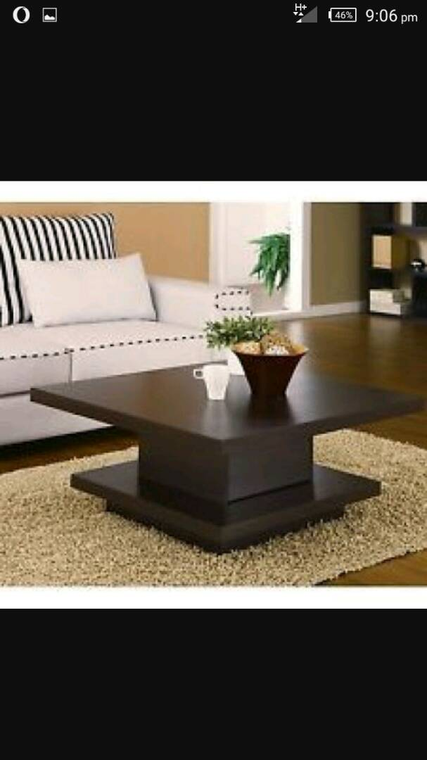 Fashionable Modern Tables